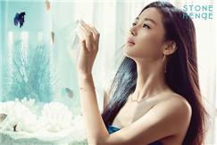 女神全智贤获评年度闪亮明星 广告代言收入140亿韩元