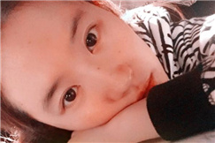 刘亦菲被表姐秒杀 家族中竟最丑
