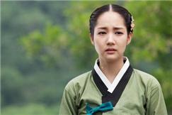 韩女星的古装造型,金泰熙林允儿谁更惊艳?