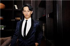 黄恺杰亮相时尚活动 尽显迷人绅士风