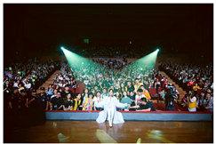 腾讯音乐娱乐集团助力周笔畅校园谈唱会畅聊梦想