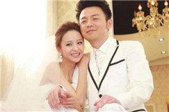 雷佳音曾担任佟丽娅婚礼司仪 只因听说主持不用随红包